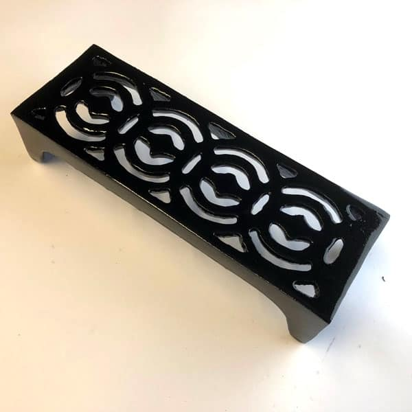 REG3 - Regency Scroll 9x3 inch cast iron air brick painted black