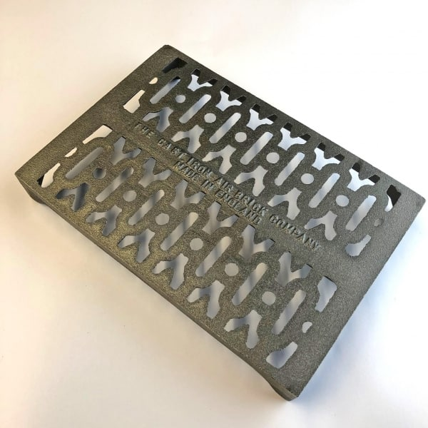 Y6 Cast iron air brick 9x6 inch - Victirian Y Pattern bare metal