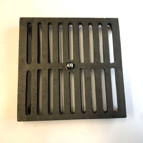 HM9 - hit and miss open and close 9x9 cast iron air brick oiled bare metal