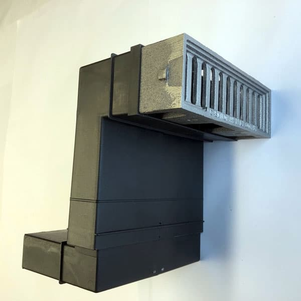 PER3 - Bare metal windsor metric air brick combined with periscope duct