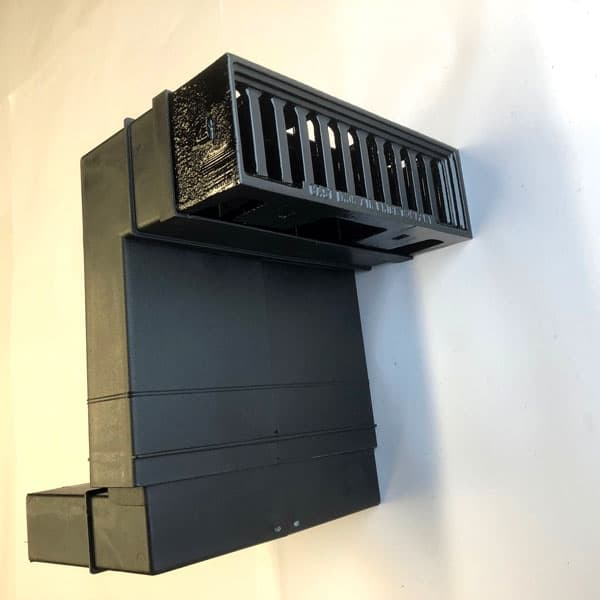 PER3 - Painted black - windsor metric air brick combined with periscope duct
