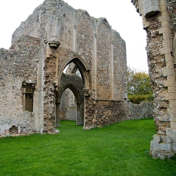 creake abbey - Photo by William Rodgers listedbuildings.co.uk