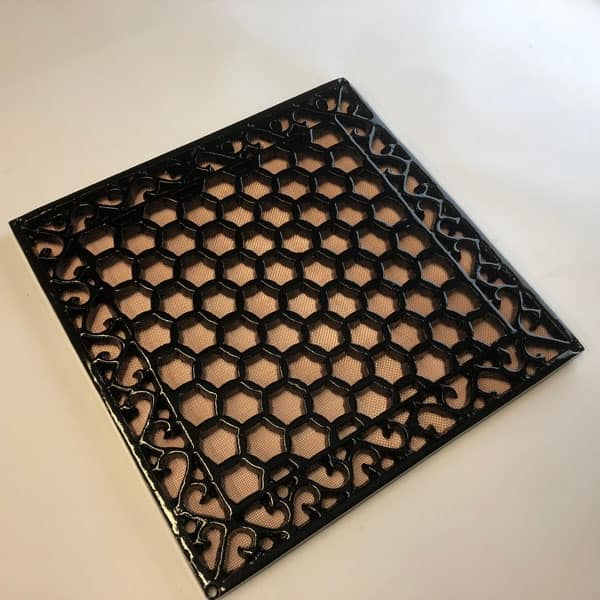 Cast iron Heritage grille 12x12 inch HER12 - drilled with mesh